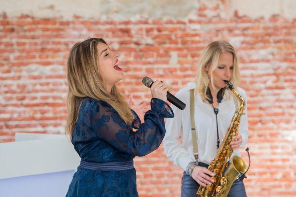 Artistic Zangeres & Saxofonist _D5S9366